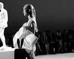 Giambattista Valli: desfile chique em Paris com Bianca Brandolini na fila A