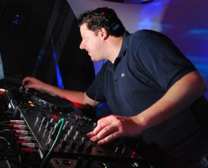 Set List Glamurama: crie seu próprio lounge com o som do DJ Ronaldo Gasparian