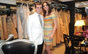 Turma boa de glamurettes conferiu nova coleção de Sandro Barros em SP