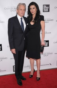 Michael Douglas e Catherine Zeta-Jones estão separados, diz revista