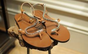 Uma seleção com sapatos sem salto para andar na linha. E com estilo!