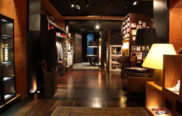 a072bed4719ba CH Carolina Herrera inaugura primeira loja no Rio de Janeiro – Moda ...