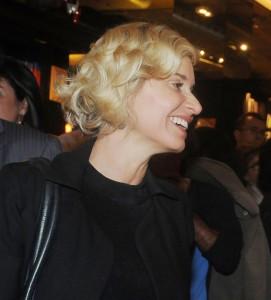 Paula Burlamaqui fala sobre seu personagem sem talento em 'Joia Rara'