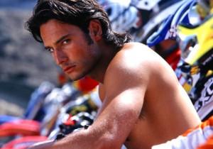 Talento + sex appeal! Homenagem ao aniversariante Rodrigo Santoro