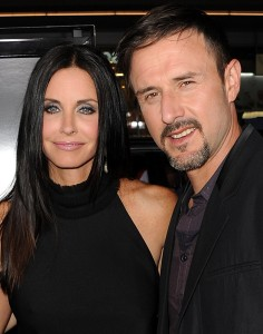 Separados, Courteney Cox e David Arquette colocam mansão à venda
