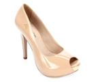 Vanessa Montoro elegeu marca de sapatos queridinha em seu desfile de verão