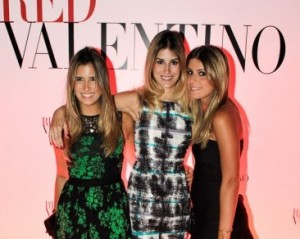 Glamurettes desfilam com looks da Red Valentino no show da Beyoncé