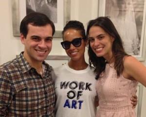 Enquanto não faz show no Rock In Rio, Alicia Keys está em SP. Saiba aqui!