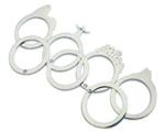 Trabalhe a carioquice com os anéis de prata do designer Pablo Lozano
