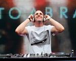 DJ Beto Abrahão dá a trilha do verão de Ibiza e das festas europeias. Ouça!