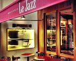 Bistrô Le Jazz arma despedida do maitre Zézinho
