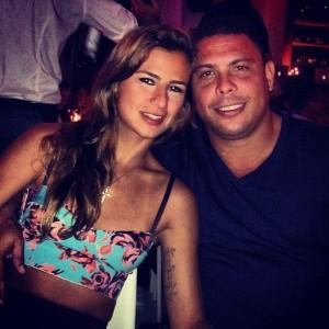 Ronaldo comemora aniversário com recado apaixonado da namorada