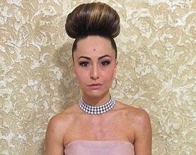 Stylist de Sabrina Sato não exagerou: megacoque é tendência. Às provas!