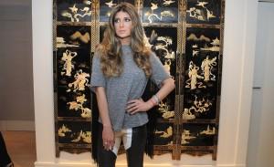 O lançamento da coleção verão 2014 da estilista Andrea Bogosian