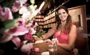 Noite de autógrafos do livro de Cristiana A. Castrucci em SP