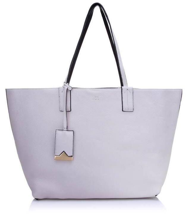544b8709e5 Schutz lança coleção de bolsas Triangle Premium Handbags – Moda ...
