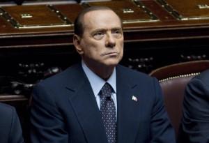Berlusconi vai parar mais uma vez em tribunal italiano. Por suborno…
