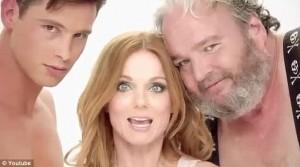 """Sem muitos """"cliques"""", Ex-Spice Girl Geri Halliwel divulga nova música"""