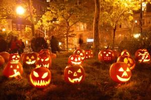 Uma playlist com 13 músicas para arrepiar o seu Halloween. Play!