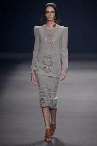 Juliana Jabour apresenta sua coleção de inverno na semana de moda