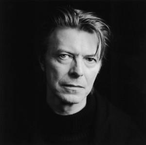 Acredite: novo clipe de David Bowie é caseirinho e custou… US$ 12,99