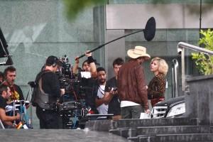 Filmagens de novo longa com Scarlett Johansson são interrompidas