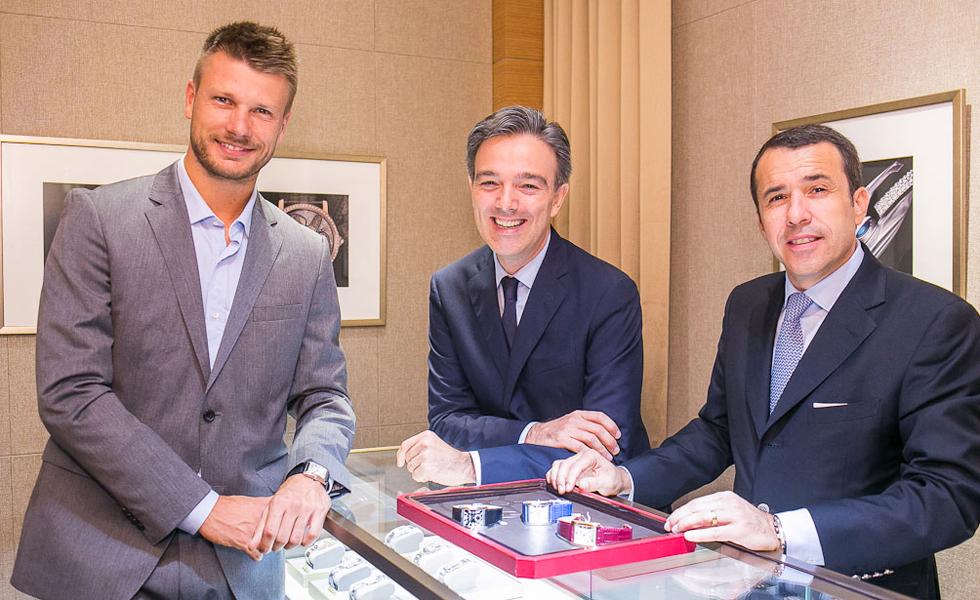 3e50b275ccb Cartier lança novo relógio masculino em evento estrelado no Rio ...
