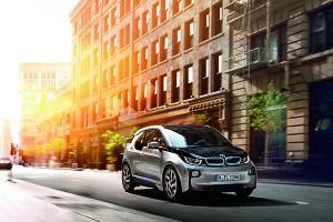 Revista PODER: as versões de luxo dos carros híbridos e elétricos