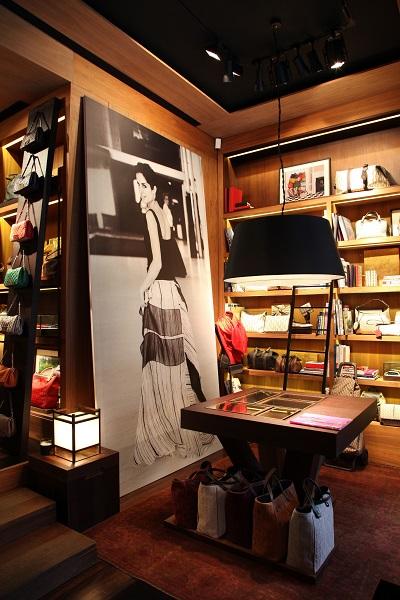 3ba131ad6fca2 Carolina Herrera inaugura loja no Shopping Iguatemi