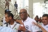 Anderson Silva faz visita especial à comunidade carioca. Vem ver…