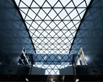 De cair o queixo: a nova e monumental loja da Balenciaga em NY