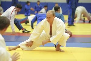 Vladimir Putin: o mais poderoso do mundo é também fera em taekwondo
