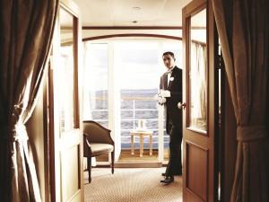 Um mordomo para chamar de seu nos navios da Silversea. Entenda