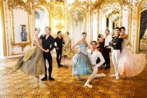 Vivienne Westwood assina figurinos do Vienna State Ballet para o Ano Novo