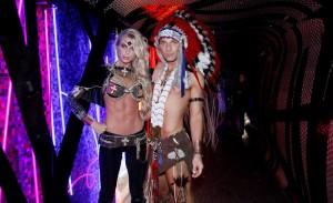 Diego Rodrigues e Caroline Bittencourt comemoraram aniversário juntos, no Club Disco