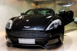 Auto Premium Show vende Aston Martin avaliado em R$ 1,8 milhões