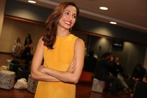Camila Pitanga assume as pick-ups de festa em SP. Confira a playlist