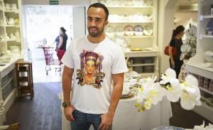 Espia só o almoço de Tania Bulhões para o stylist Yan Acioli