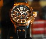 Na Posh Jurerê, quem compra champagne ganha um relógio exclusivo. Fino!