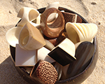 Desejo do Dia: os anéis de coco e osso, direto das areias de Trancoso