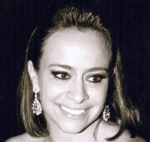 Renata Paula Seripieri celebra nova fase da vida em grande estilo