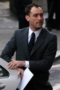 Jude Law admitiu ter sido traído por Sienna Miller. Aos fatos