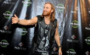 Em única apresentação, David Guetta agita São Paulo