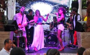 Cafe de La Musique Jurerê começa o ano em ritmo de samba