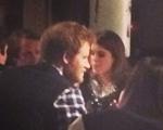 Príncipe Harry ouve a namorada, mantém a barba e contraria a vovó