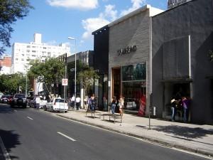 Rua Oscar Freire pode ganhar hotel de 30 andares. Aos fatos