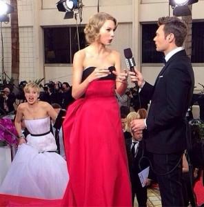"Jennifer Lawrence ""trolla"" Taylor Swift no Globo de Ouro. Esta e outras…"