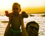 Regina Casé vai comemorar aniversário junto com batizado de filho