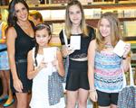 Joy Paper leva adolescentes ao Iguatemi para uma tarde divertida