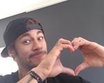 Solteiro, Neymar trola Valentine's Day no Instagram